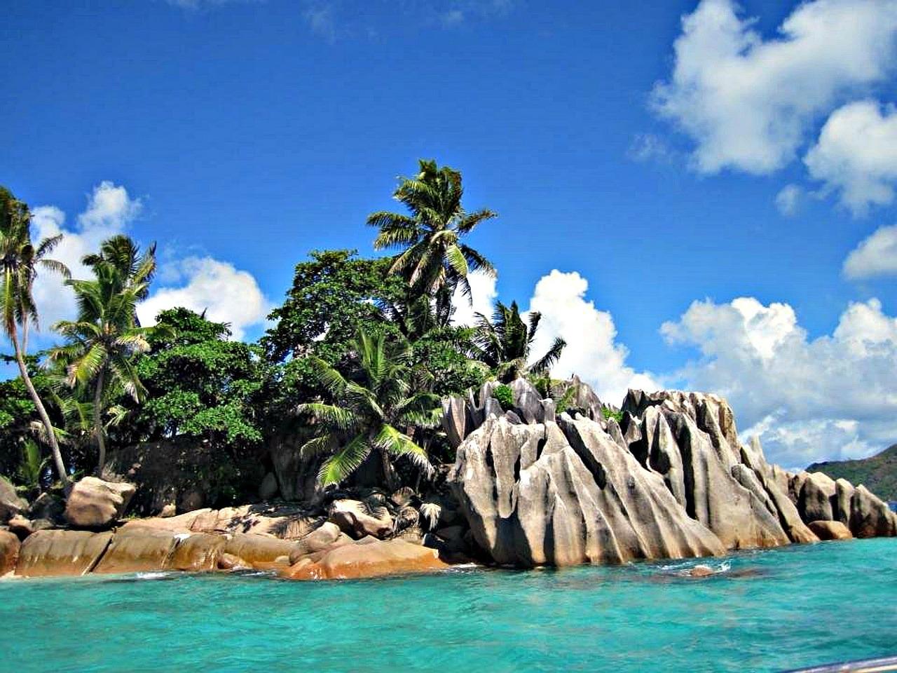 seychelles-215253_1280